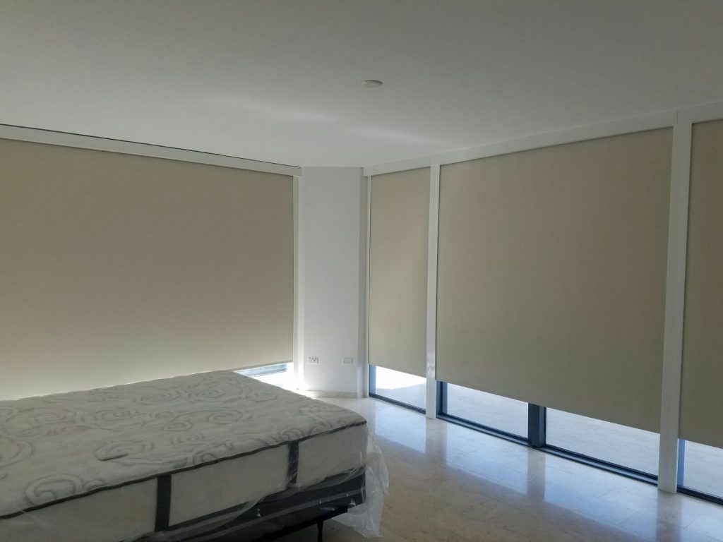 Motorized blackout shades with side channels | Fort PIerce & Port St. Lucie